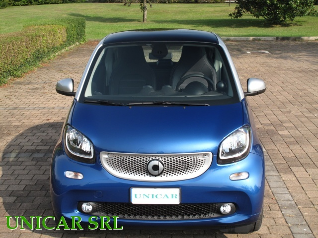 SMART ForTwo 90 0.9 Turbo twinamic limited #4 Immagine 3