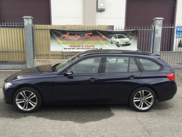 BMW 320 d xDrive Touring Sport Immagine 1