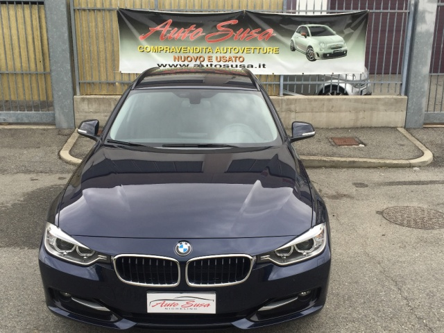 BMW 320 d xDrive Touring Sport Immagine 2