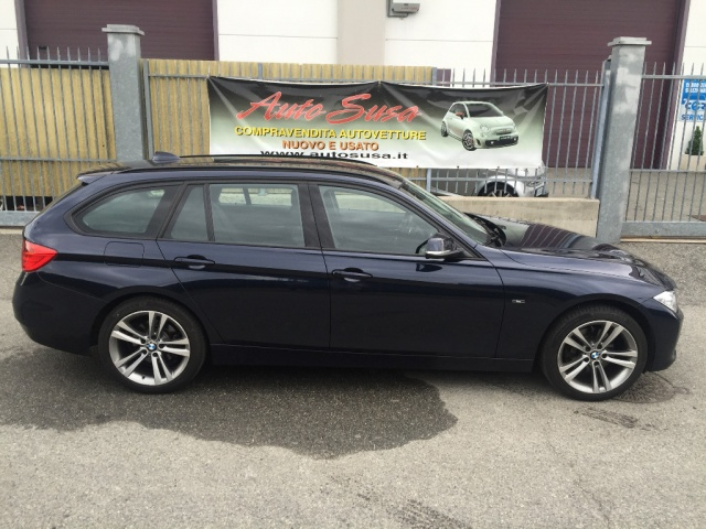 BMW 320 d xDrive Touring Sport Immagine 3