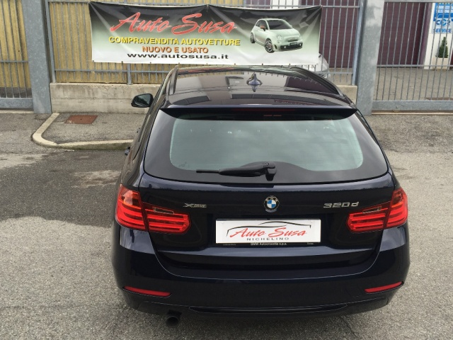 BMW 320 d xDrive Touring Sport Immagine 4