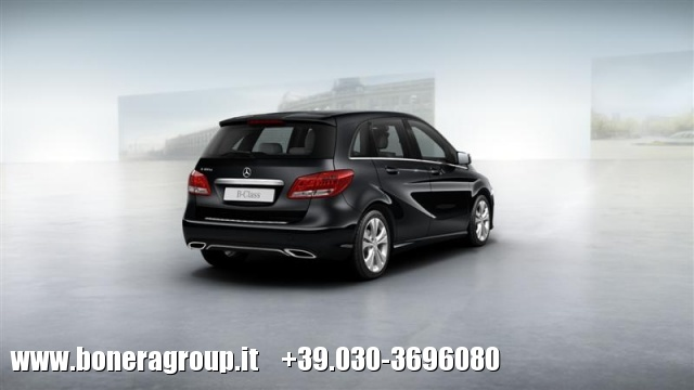 MERCEDES-BENZ B 180 d Automatic Sport Immagine 2