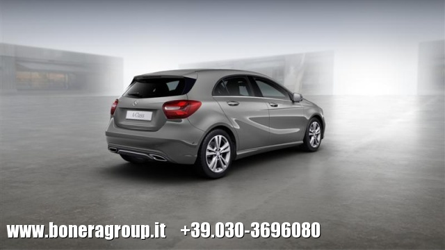 MERCEDES-BENZ A 200 d Automatic Sport Immagine 3