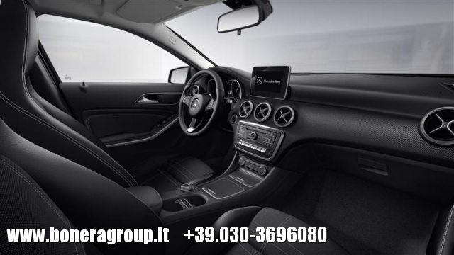 MERCEDES-BENZ A 200 d Automatic Sport Immagine 4