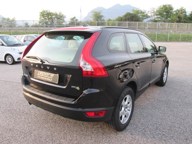 VOLVO XC60 D3 Geartronic Kinetic Immagine 3