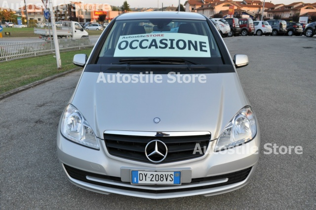 MERCEDES-BENZ A 160 Star Edition Immagine 1