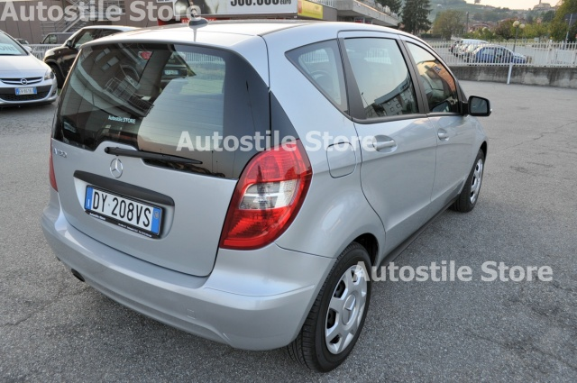 MERCEDES-BENZ A 160 Star Edition Immagine 3