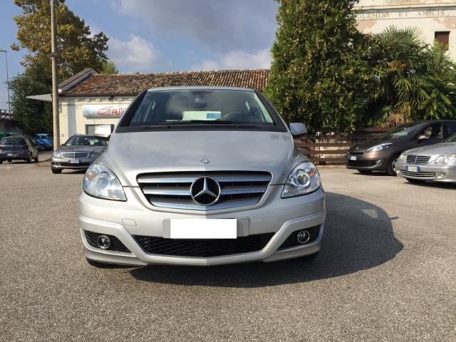 MERCEDES-BENZ B 180 EXECUTIVE  109 CV Immagine 1
