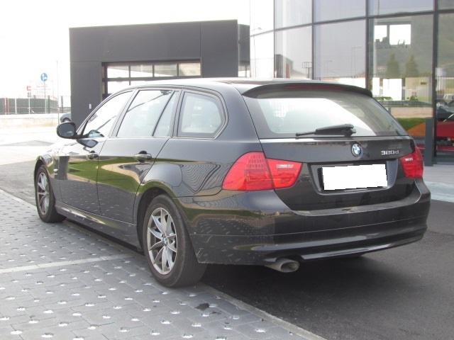 BMW 320 D xDRIVE TOURING 177CV Immagine 1