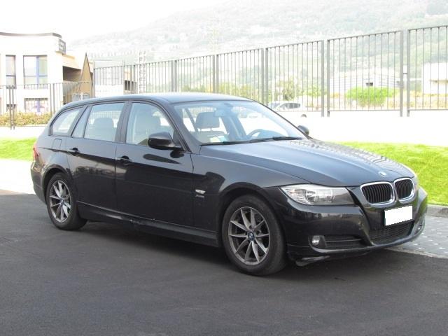 BMW 320 D xDRIVE TOURING 177CV Immagine 3