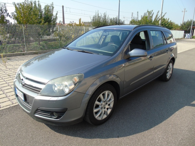 OPEL Astra 1.7 CDTI 101CV Station Wagon Enjoy Immagine 0