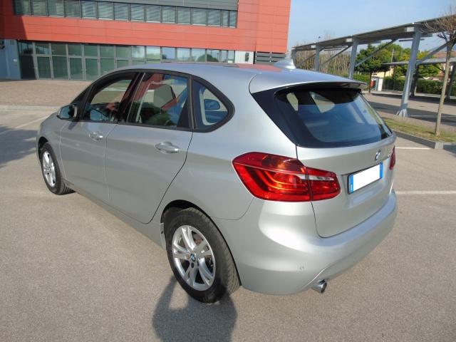 BMW 216 d 116 CV Active Tourer Advantage SEMESTRALE Immagine 3