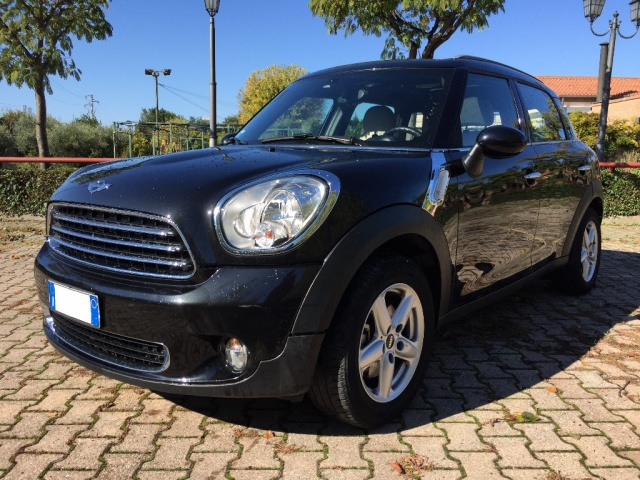 MINI Countryman Mini Cooper D Countryman ALL4 Automatica Immagine 1