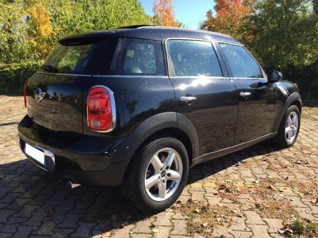 MINI Countryman Mini Cooper D Countryman ALL4 Automatica Immagine 2