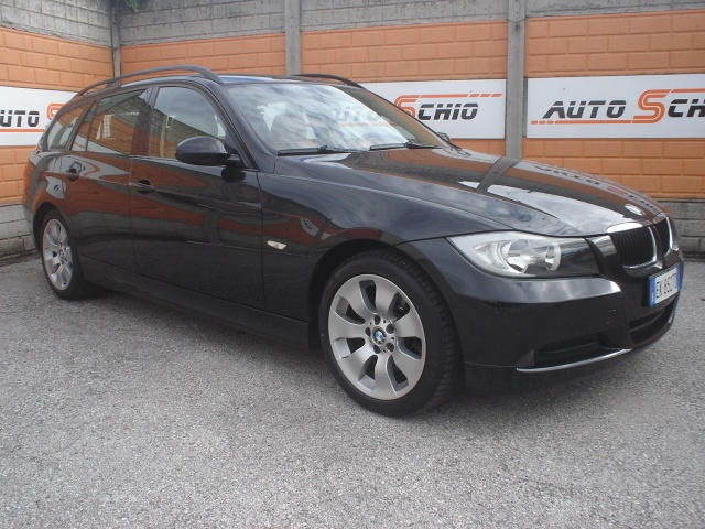 BMW 320 d cat Touring Eletta Immagine 0