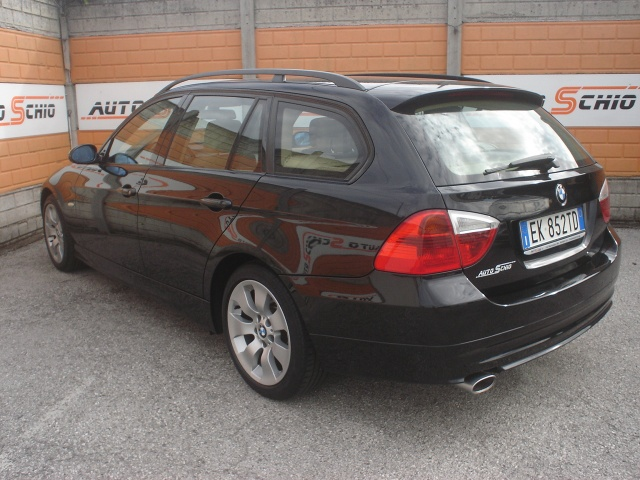 BMW 320 d cat Touring Eletta Immagine 1