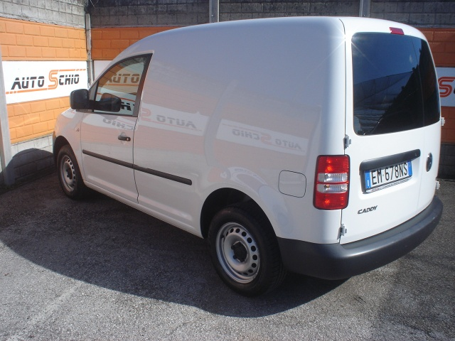 VOLKSWAGEN Caddy 1.6 TDI 102 CV 4p. Van Immagine 1