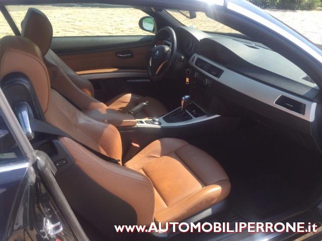 BMW 320 d Cabrio Attiva (Navi-Pelle-Xeno-C.Autom.) Immagine 3