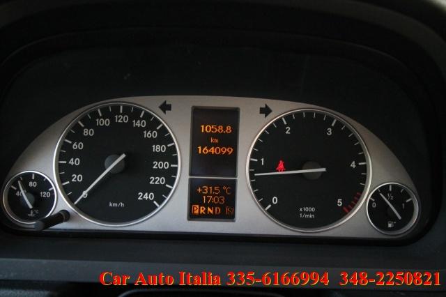 MERCEDES-BENZ B 200 CDI Sport AUTOMATICA TAGLIANDATA OTTIME CONDIZIONI Immagine 4