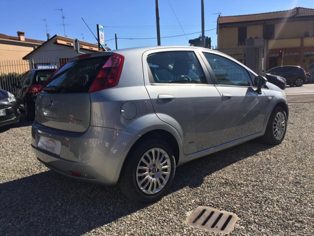 FIAT Grande Punto 1.3 Multijet 5 porte Dynamic Immagine 2