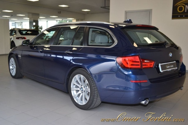 BMW 535 XDRIVE TOURING FUTURA 313CV DOP.TETTO FULLKM68.000 Immagine 3
