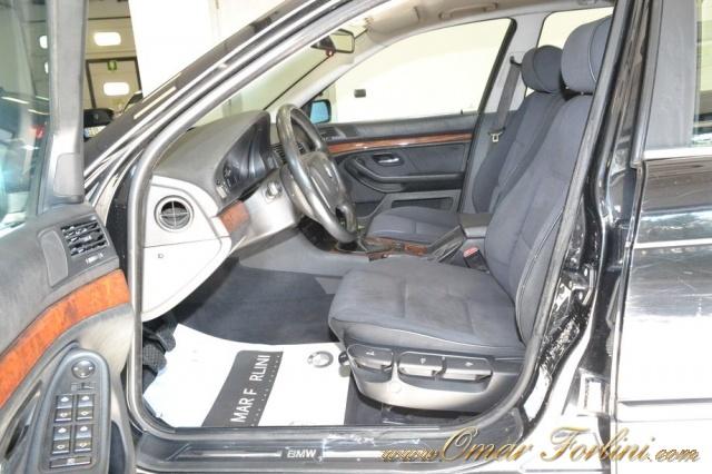 "BMW 530 d TOURING 193CV 5M BARRE CLIMA CERCHI16"" IN ORDINE Immagine 4"