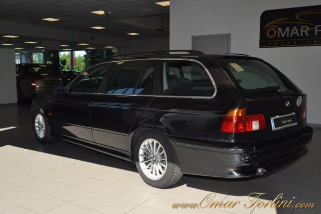 "BMW 530 d TOURING 193CV 5M BARRE CLIMA CERCHI16"" IN ORDINE Immagine 3"