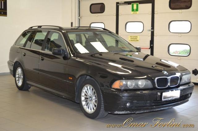 "BMW 530 d TOURING 193CV 5M BARRE CLIMA CERCHI16"" IN ORDINE Immagine 1"