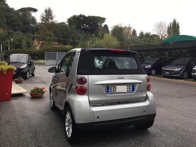 SMART ForTwo 1000 52 kW MHD cabrio passion Immagine 1