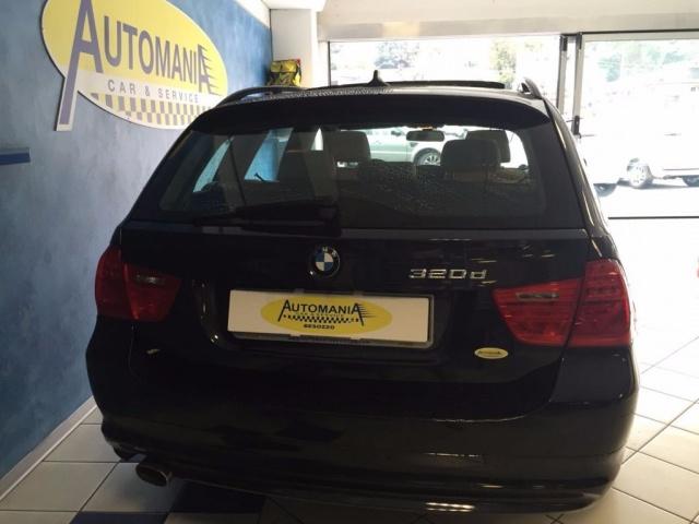 BMW 320 d cat xDrive Touring Futura Immagine 2
