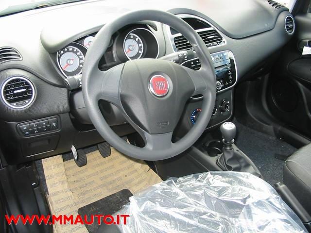 FIAT Punto 1.4 8V 5 porte Easypower Street !!! Immagine 3