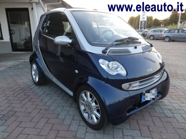 SMART ForTwo 600 smart cabrio passion (40 kW) Immagine 0