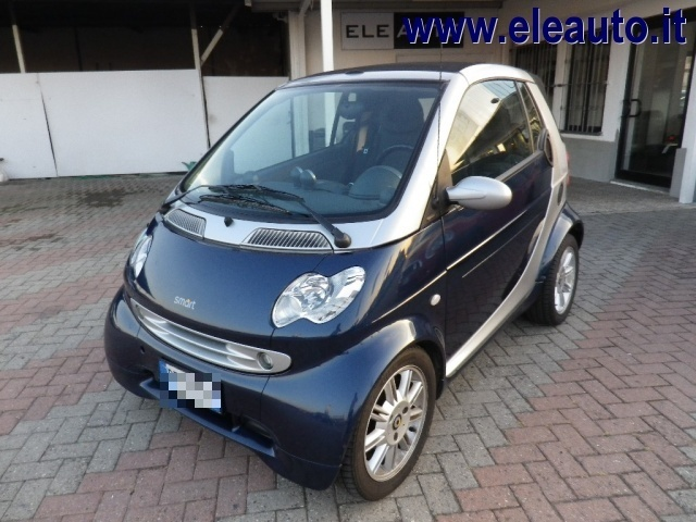 SMART ForTwo 600 smart cabrio passion (40 kW) Immagine 1