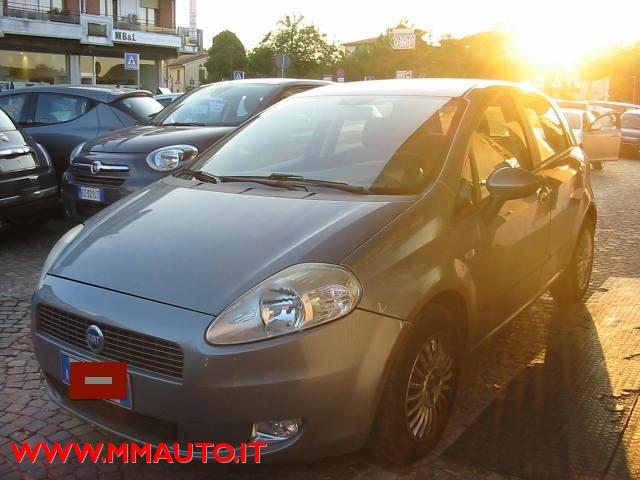FIAT Grande Punto 1.4 Starjet 16V 5 porte Dynamic !!! Immagine 2