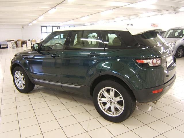 LAND ROVER Range Rover Evoque 2.2 TD4 5p. Pure GARANZIA TOTALE 12 MESI Immagine 3