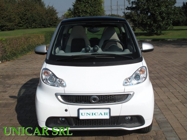 SMART ForTwo 800 40 kW coupé passion cdi Immagine 1