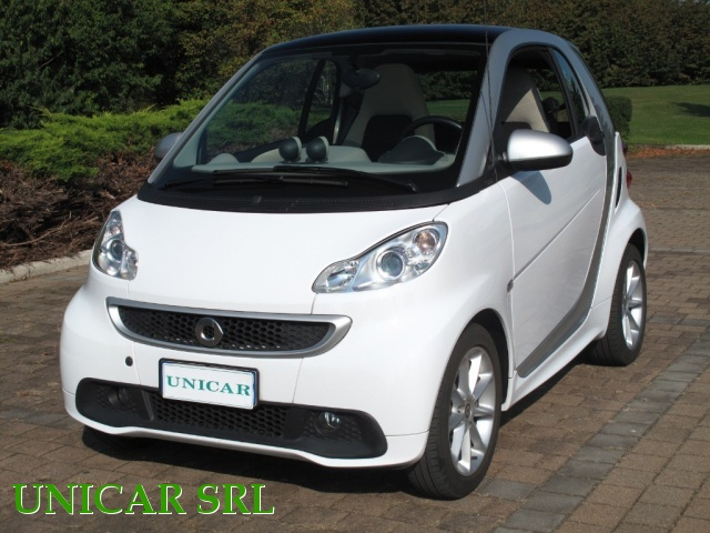 SMART ForTwo 800 40 kW coupé passion cdi Immagine 0