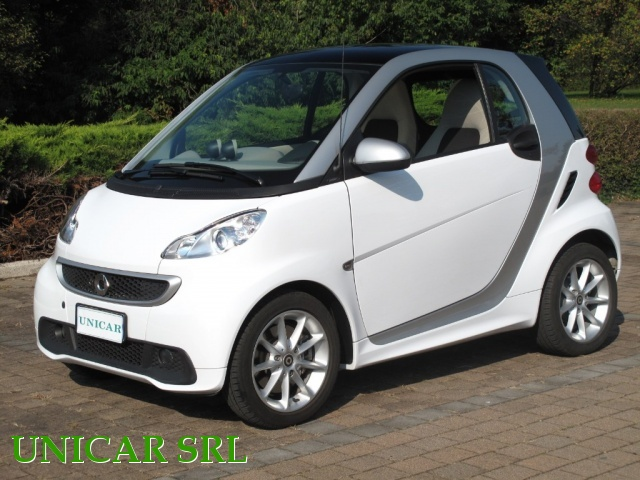 SMART ForTwo 800 40 kW coupé passion cdi Immagine 2