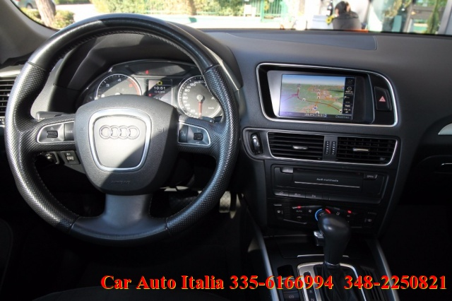 AUDI Q5 3.0 V6 TDI quattro S tronic NAVI Plus 3D PDC Plus Immagine 3