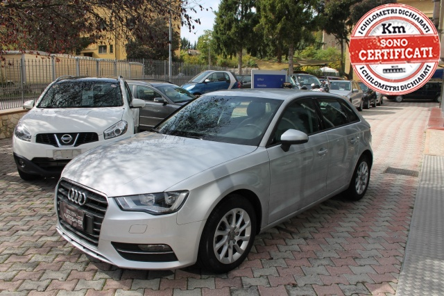 AUDI A3 SPB 1.6 TDI Attraction Immagine 0