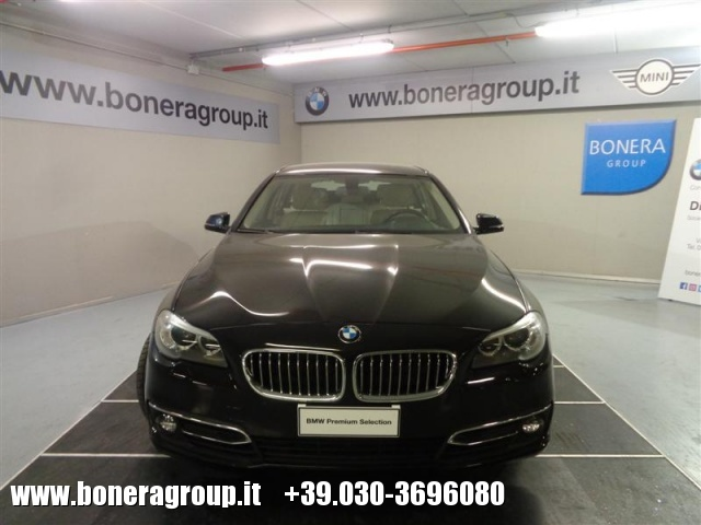 BMW 525 d Touring Luxury Immagine 2