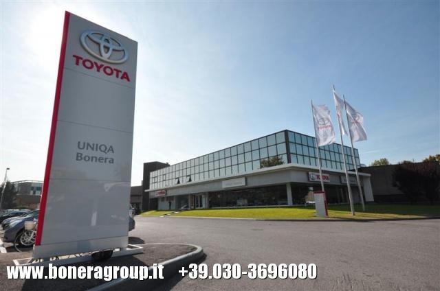 TOYOTA RAV 4 2.5 HSD 2WD E-CVT Active  MY16 VERSIONE AUTOCARRO Immagine 0