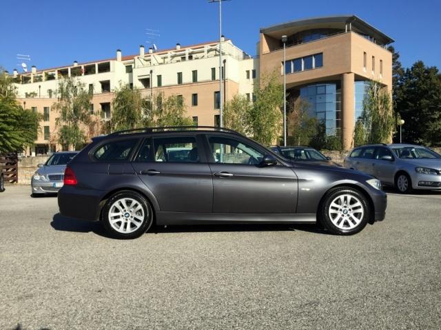 BMW 318 TOURING FUTURA CV 129 INT IN PELLE Immagine 2