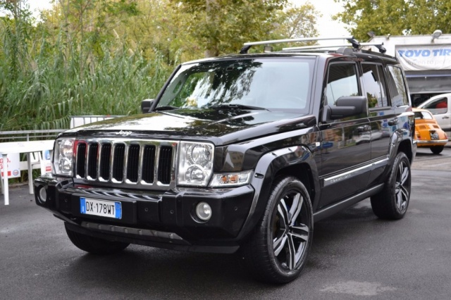 JEEP Commander 3.0 CRD Limited Auto Ago. 2oo9 ?. 12.900 Immagine 0