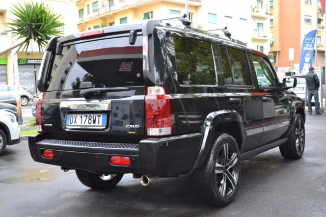 JEEP Commander 3.0 CRD Limited Auto Ago. 2oo9 ?. 12.900 Immagine 2
