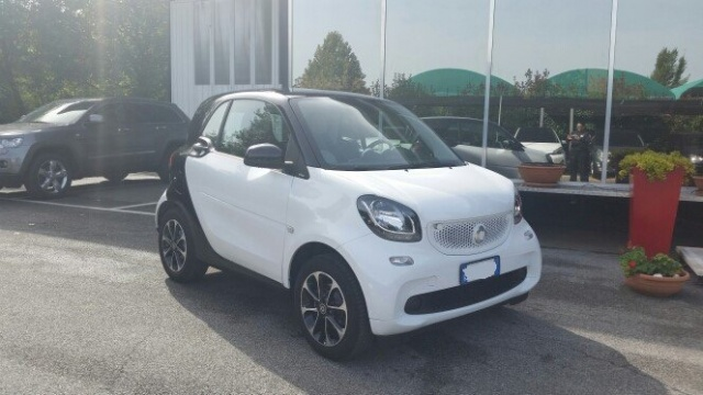SMART ForTwo 70 1.0 Passion Immagine 1