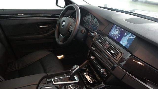 BMW 525 d Touring Futura Immagine 4