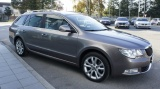 Skoda Superb 2.0 Tdi Cr 140cv Dsg Wagon Ambition - immagine 2