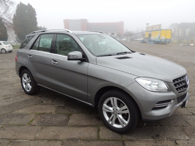 MERCEDES-BENZ ML 250 Argento metallizzato