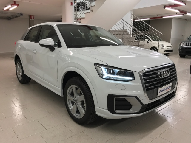 AUDI Q2 1.6 TDI Business Immagine 0
